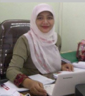 This image has an empty alt attribute; its file name is Dr.-Endang-Syahriani.jpg